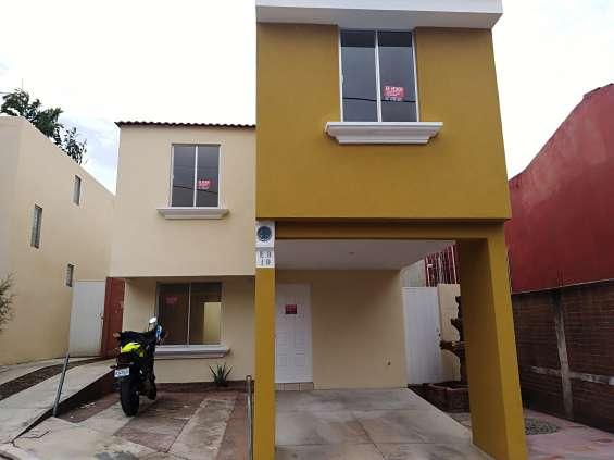 Vendo casa en sector palmeras, residenciales planes de bárcenas. villa nueva.